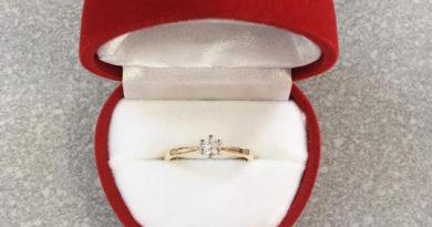 Selana radzi: Jak wybrać idealny pierścionek zaręczynowy?